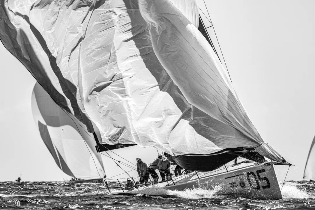 Team Sled removes spinnaker at the World Cup in TP52 class.
