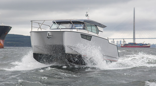 Pacifico Yachts Voyager 99