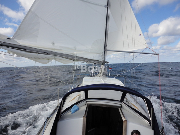 Whitby Brewer Sailboats ALBERG 30 изображение 16