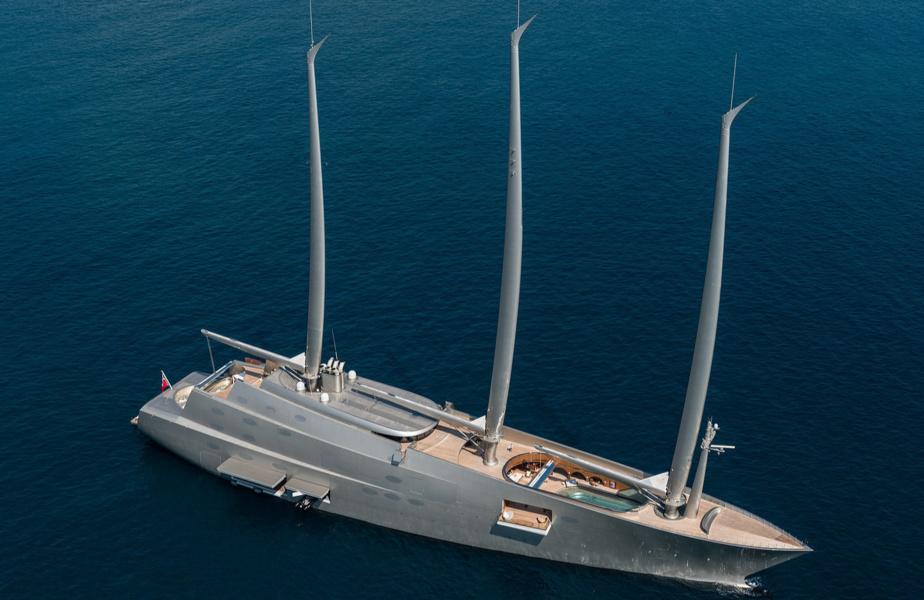 Благадаря Sailing Yacht A на World Superyacht Awards появилась номинация «Мотосейлеры».