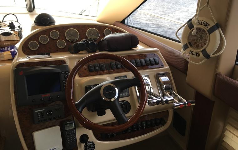 Meridian 341 Sedan