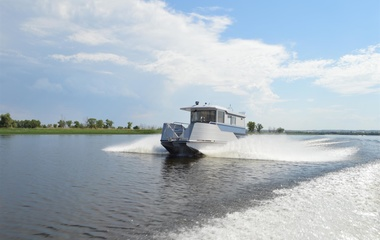 Thoroughbred Houseboats 15' х 51'