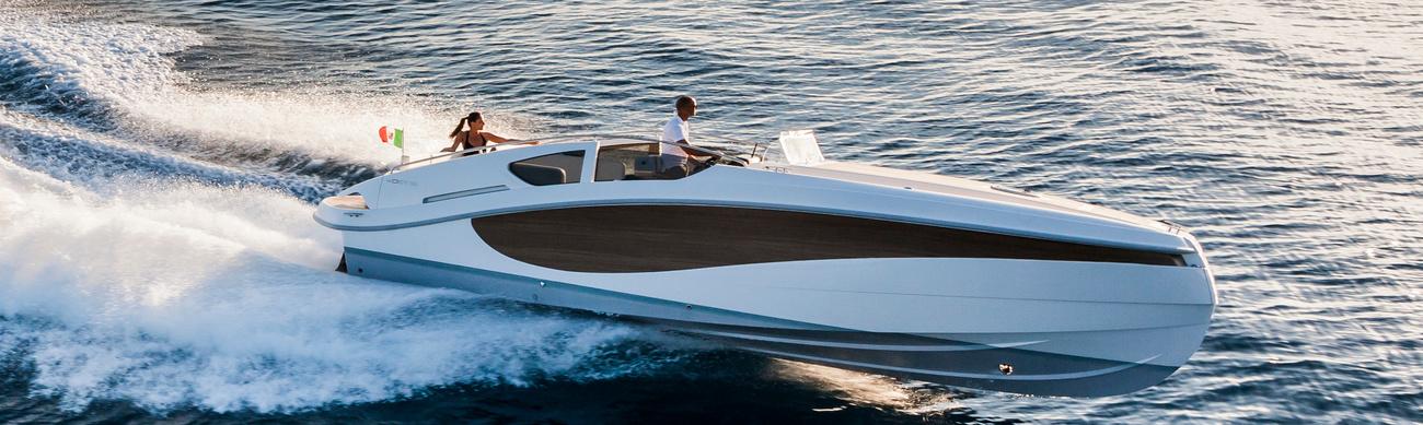 Современное прочтение прогулочного катера — для тех, кто хочет отличиться
