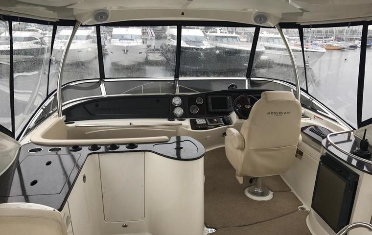 Meridian 441 Sedan