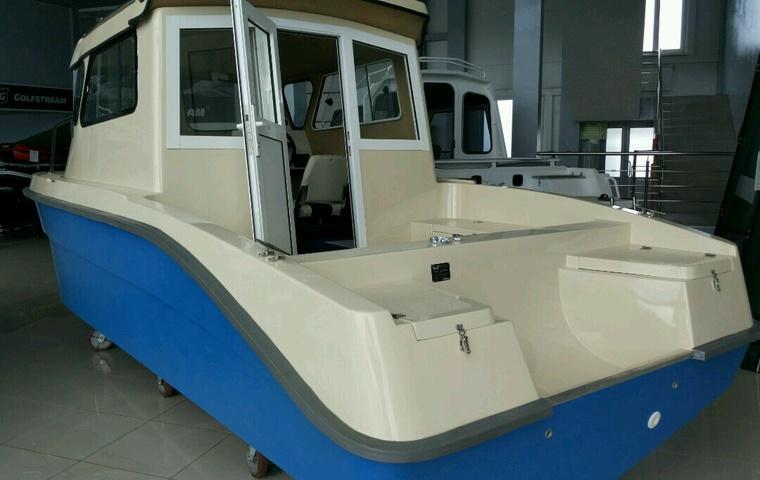 Верфь-Югра Lugger 640 cabin