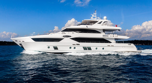 Majesty Yachts Majesty Yachts 110