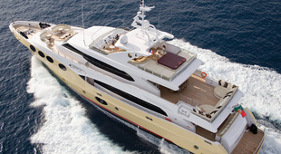 Majesty Yachts Majesty Yachts 125