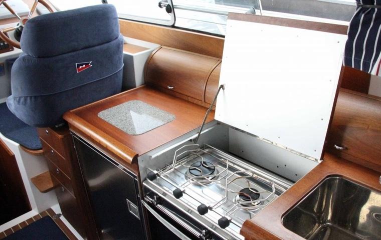 Nimbus 380 Coupe