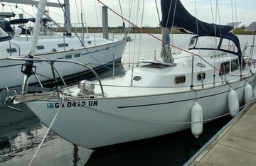 Whitby Brewer Sailboats ALBERG 30