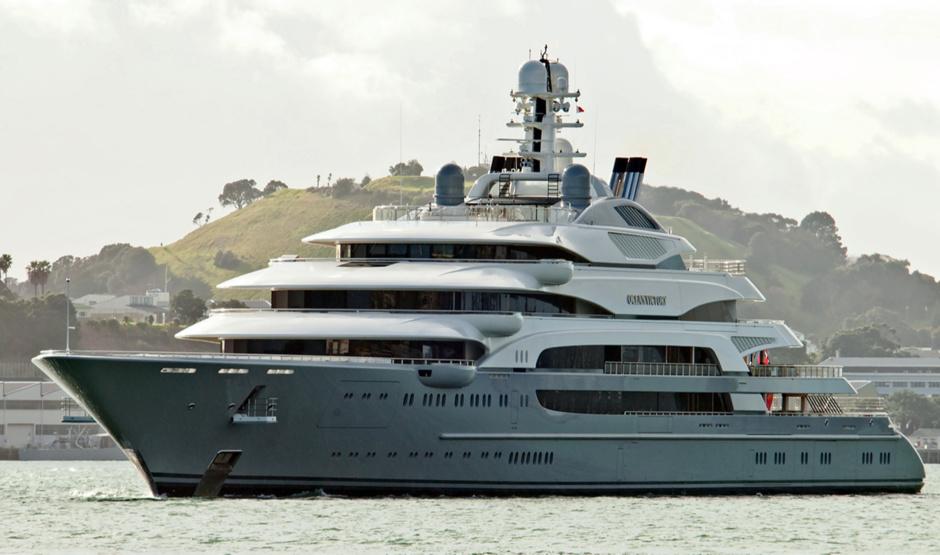 Вместительная Ocean Victory родилась в доках итальянской Fincantieri.