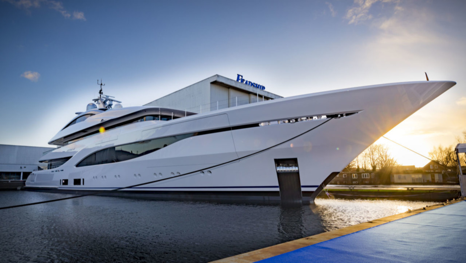 Feadship Arrow
