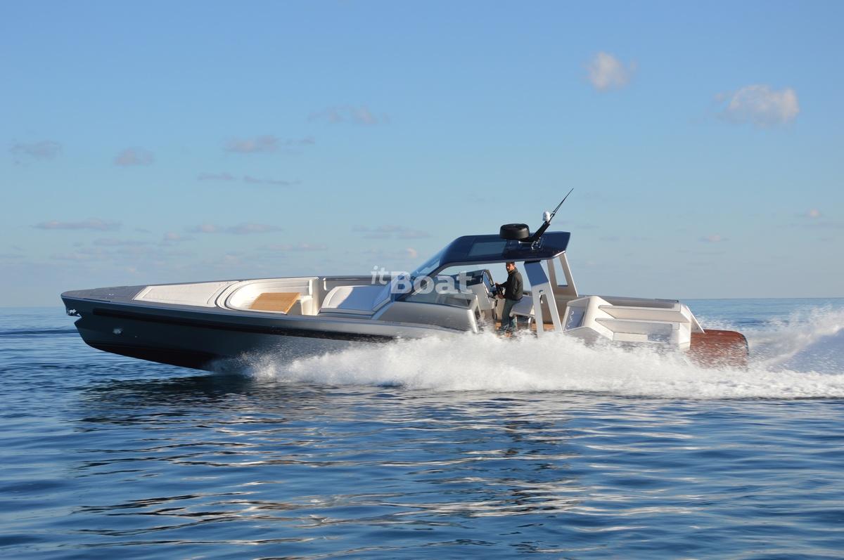 Maori Yacht M 50 Hard Top
