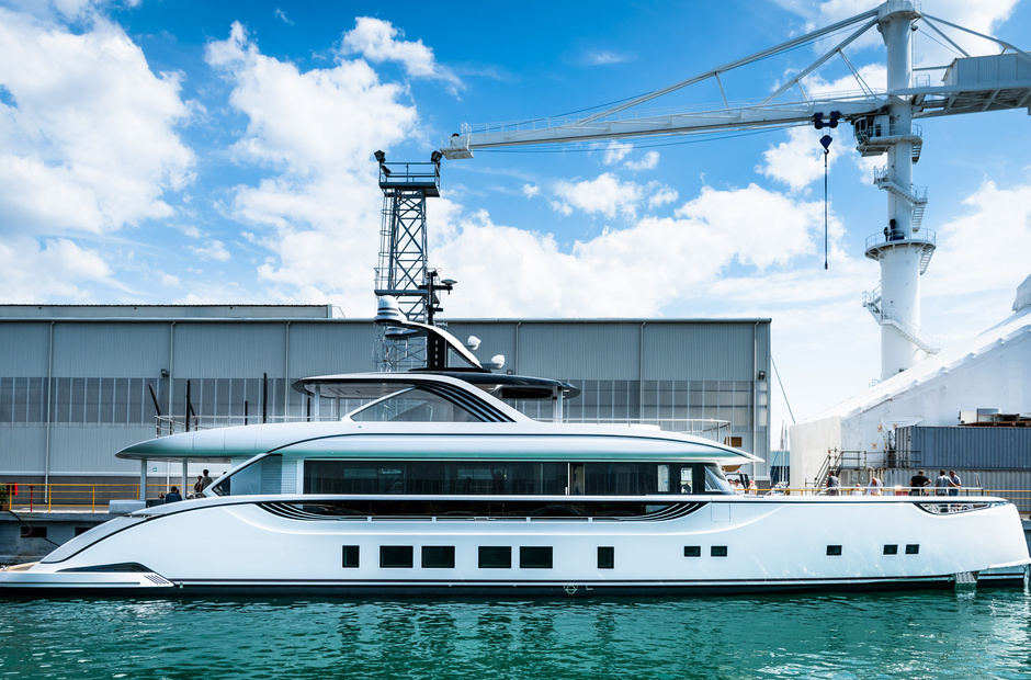 Superyacht builder: first Dynamiq GTT 130 on water