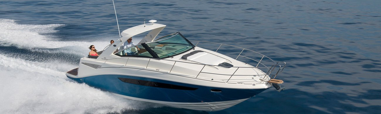 In fact, they are small motor yachts equipped with everything for a comfortable stay on board