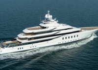 The yacht was built for Geoffrey Soffer, owner of the famous Fontainebleau Hotel in Miami Beach, and at the same time Turnberry Associates, one of the leading real estate firms in the USA. Although the boat does not reach 100 meters in length, 95 meters is still more than enough to accommodate on board as much entertainment for guests as on TIS or even Flying Fox. Here you'll find a spa, a 12-metre swimming pool, a diving centre and even a cinema and much more.
