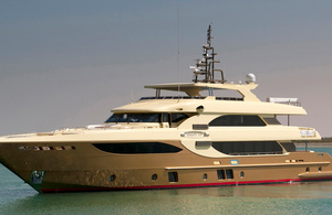 Majesty Yachts 135