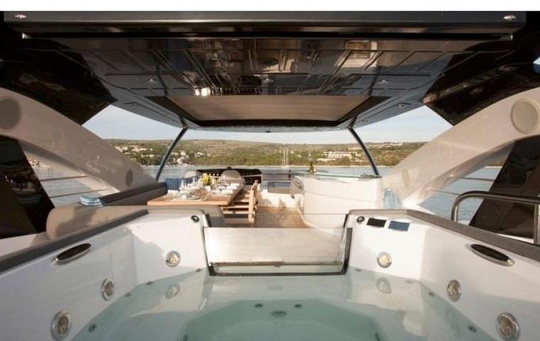 Sunseeker 28M Yacht