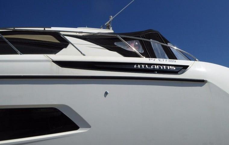 Azimut Atlantis 48