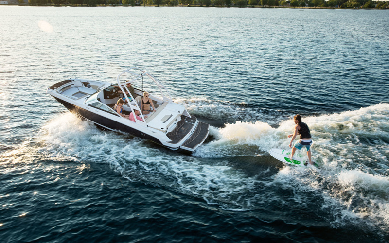 Four Winns HD 200 Surf