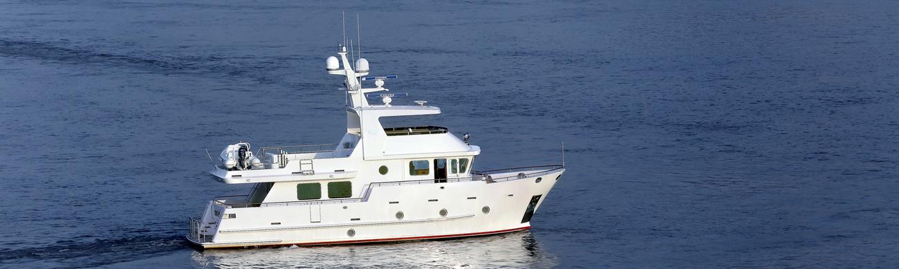 Экспедиционные яхты и траулеры