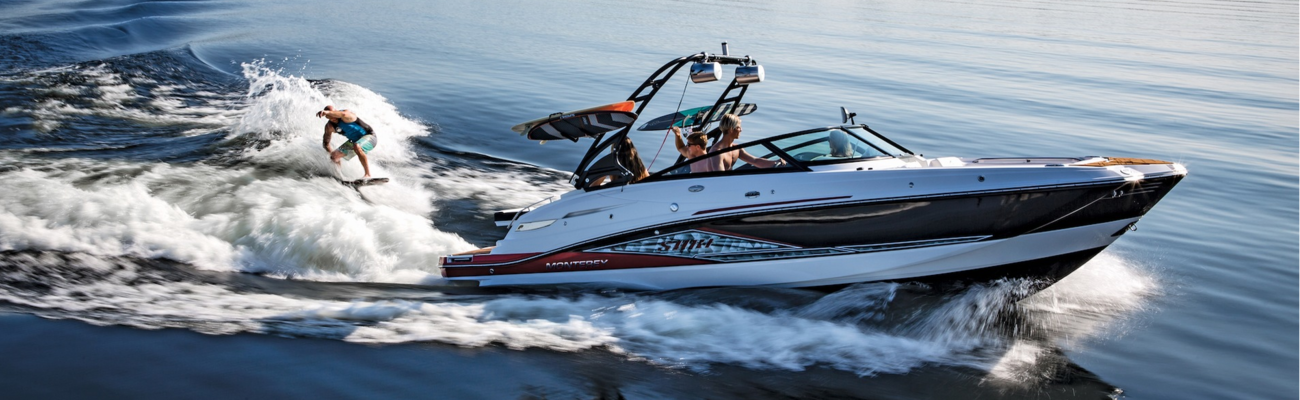 Специализированные лодки для вейк-борда и водных лыж