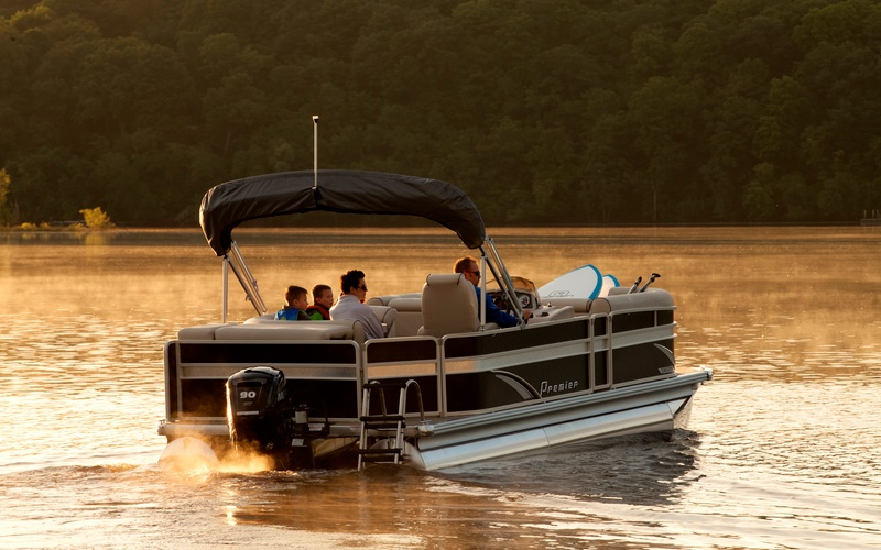 Premier Pontoons Sunsation 220