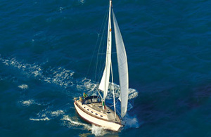 Island Packet Yachts IP370