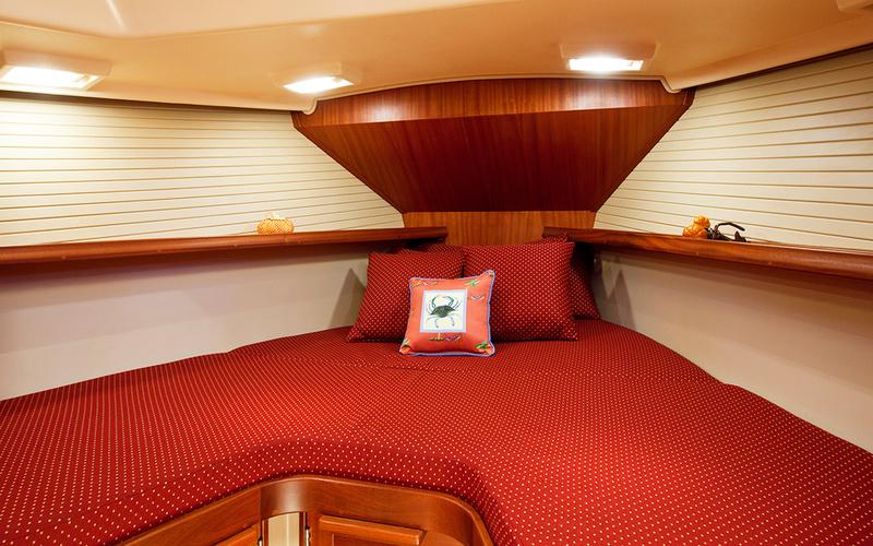 Island Packet Yachts IP 349 — Каталог itBoat